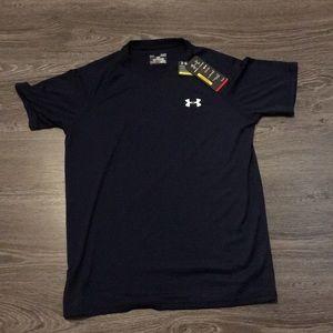 NWT men's under armour T-shirt heat gear